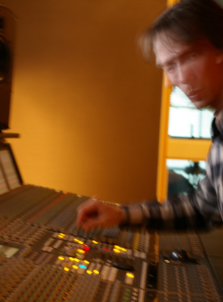 Idolpic_Studio-A44